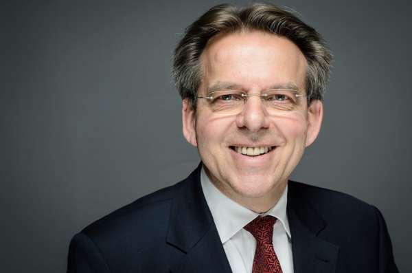 Porträt Dr.-Ing. Detlef Rensner